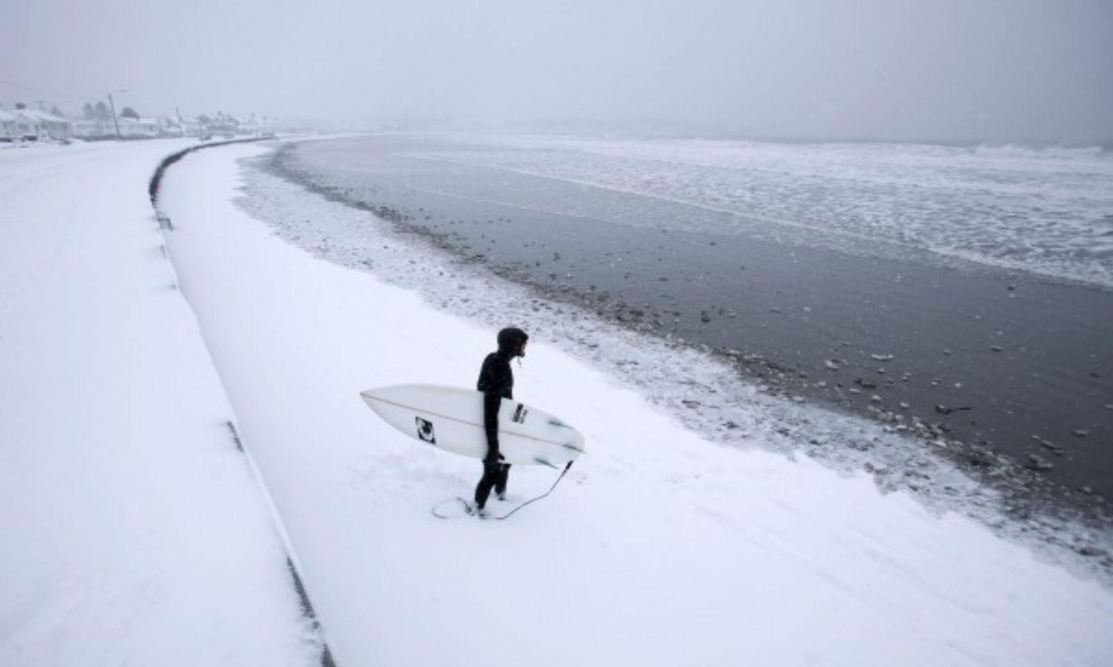 winter surfing italia