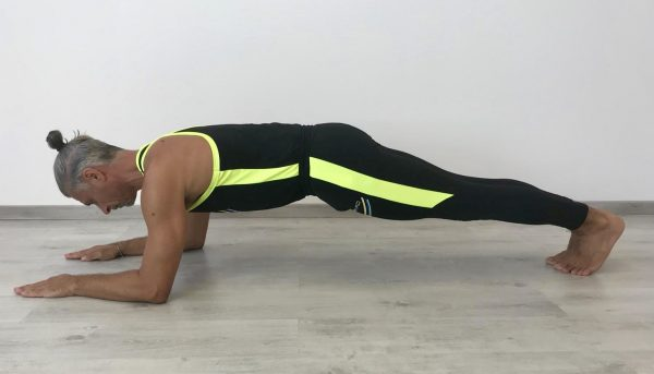 plank avambracci