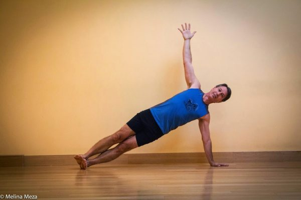 side-plank-classic