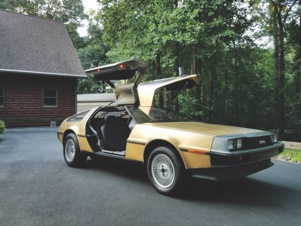 oro DeLorean